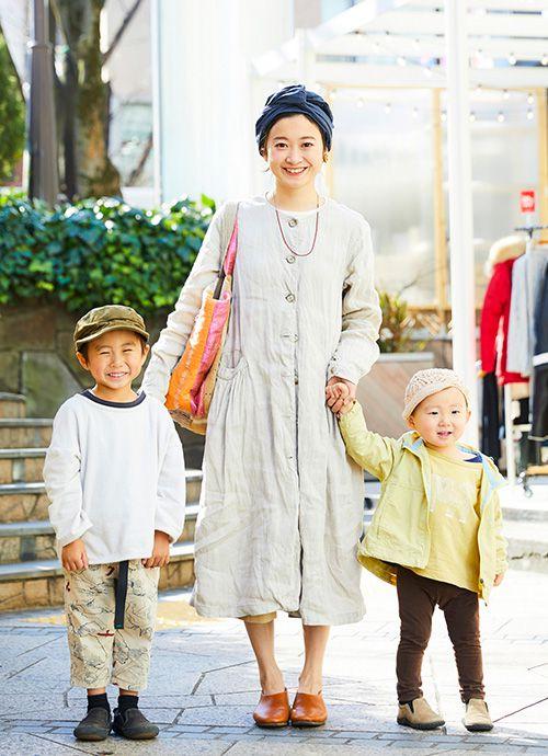 主婦 土手本朋子さん&展靖くん・4歳、匡佑くん・2歳