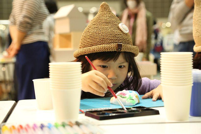 また、「minne」の作家さんが直接作品づくりを教えてくれる「ワークショップブース」も充実。小さい子どもが参加できる内容も多く、親子のハンドメイドデビューにもおすすめ♪