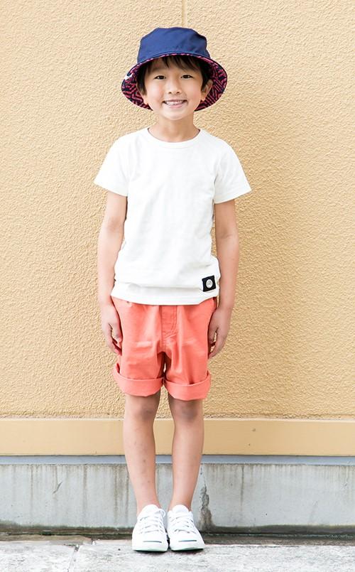 kidsはバケットハットやショーツなどを選んで<br /> 夏らしくアウトドアな装いに!&#8221; /></p> <p class=
