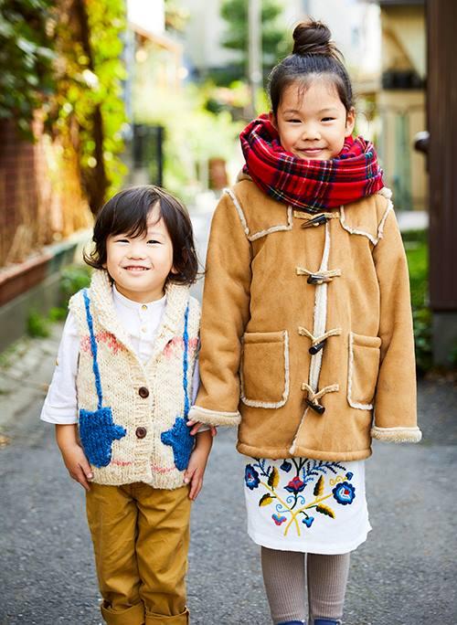 kidsはムートンやニットなど、冬素材をセレクトして<br /> ふんわりした雰囲気にまとめ♡&#8221; /></p> <p class=