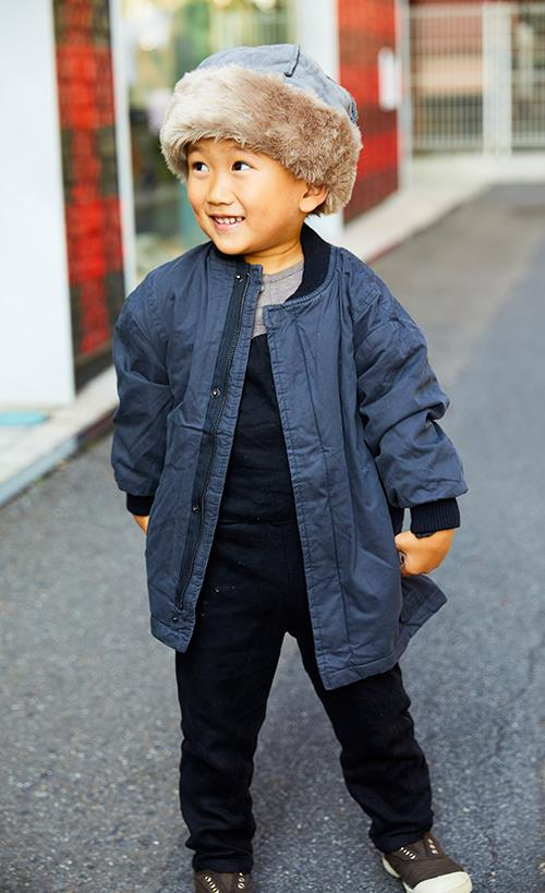 boyはファーの帽子を選んでポップな雰囲気を満喫☆