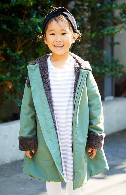 kidsはボア付きのコートを主役に、バンダナやボーダーワンピなど、カジュアルなアイテムを合わせて柔らかなテイストに仕上げ☆