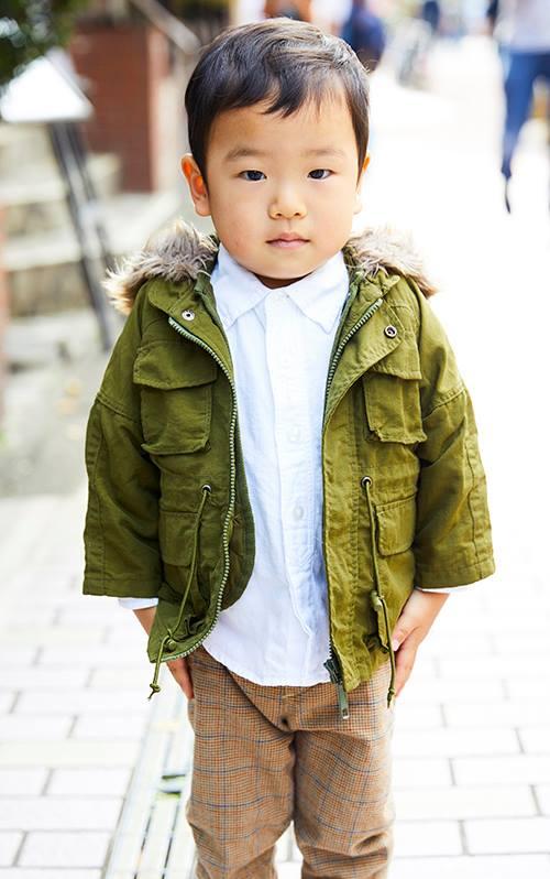 kidsはカーキのジャケットを羽織ってストリートスタイルに挑戦☆