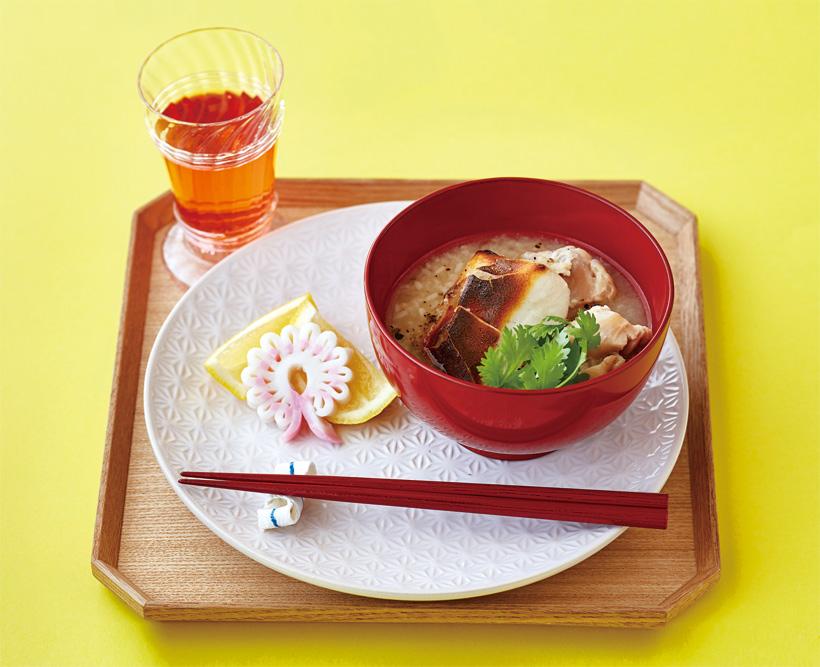 旨味がぎゅっ! ベトナム風お雑煮 鶏と甘酒のお雑煮