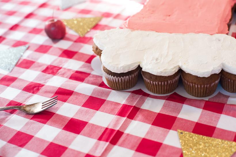 マフィンのサンタブーツケーキ