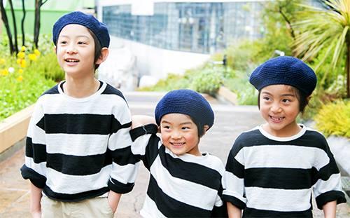 キッズは兄弟でベレー帽をリンクさせて鮮度をアップ!