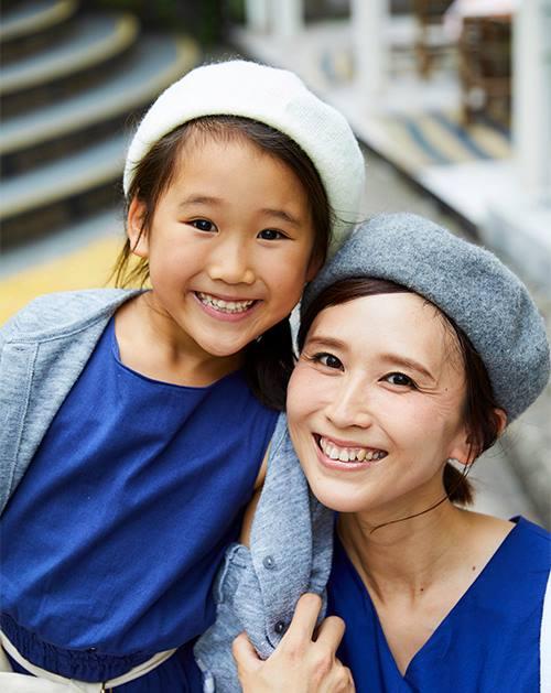 親子でベレー帽をリンクさせてこなれ感を演出♡/></p> <p class=