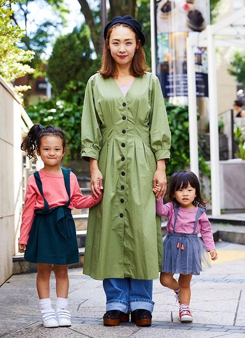 グリーン・ピンク・ベージュ、秋カラーで3人リンク