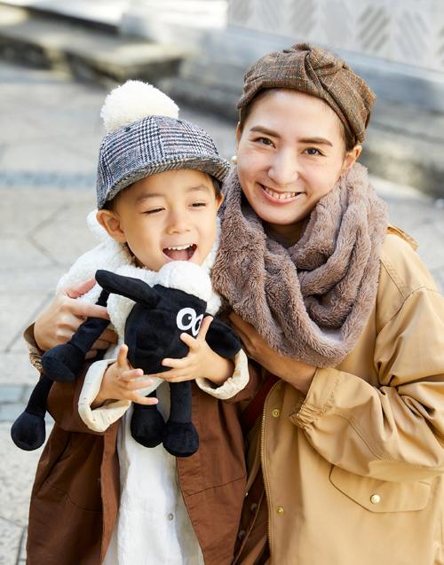 親子で顔周りに冬小物をオンして、季節感にアプローチ!