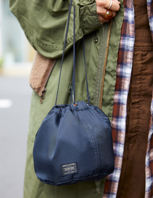 PORTERの巾着バッグ