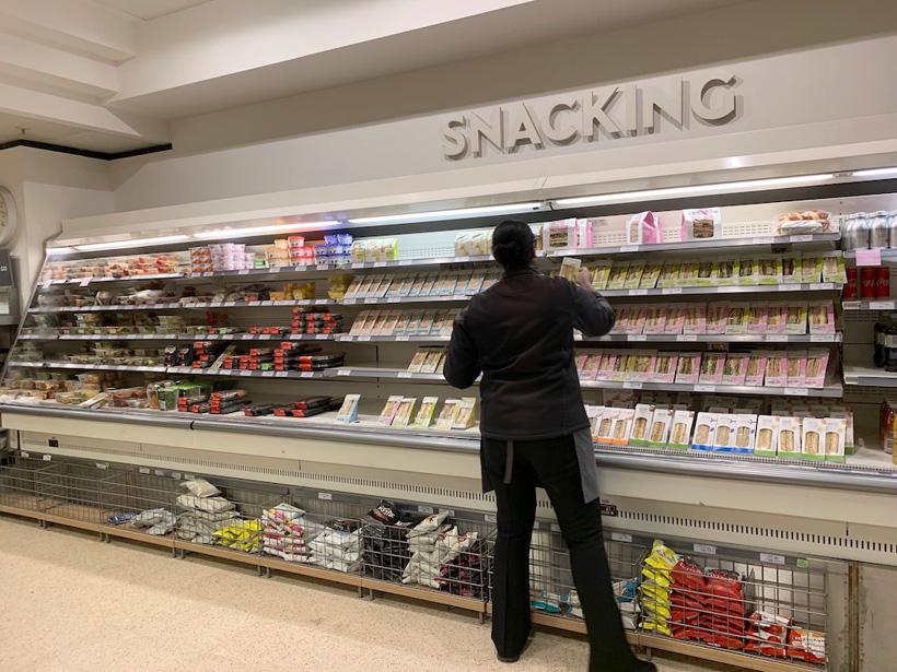 コンビニのようなロンドンのスーパーマーケット