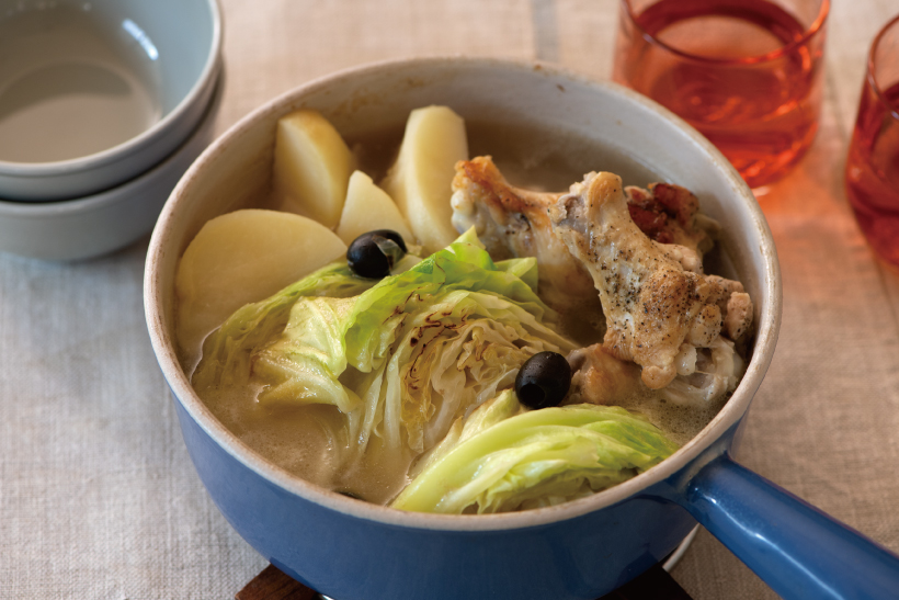 ジャガイモと鶏手羽元のキャベツ鍋_2
