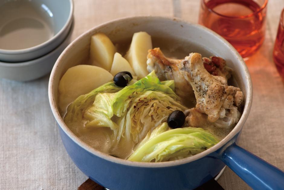 ジャガイモと鶏手羽元のキャベツ鍋_top