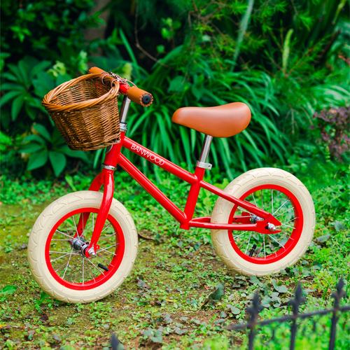 バンウッドのバランスバイク