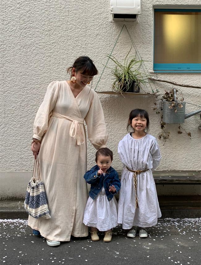おしゃれママ佐藤さんのホワイト親子リンクコーデ