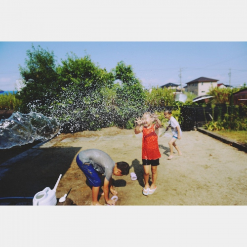 Favorite cousin and playing in the water‼︎